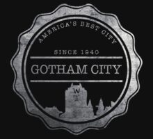 Gotham City (for dark coloured shirts) by GoldenParadigm