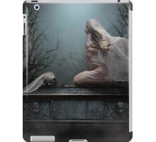Abiit Ad Maiores iPad Case/Skin