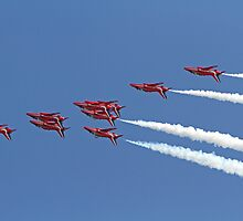 The Red Arrows fly upside down at Airbourne in Eastbourne by Keith Larby