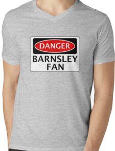 DANGER BARNSLEY FAN, FOOTBALL FUNNY FAKE SAFETY SIGN Mens V-Neck T-Shirt