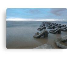 Irish sea tide breakers Canvas Print