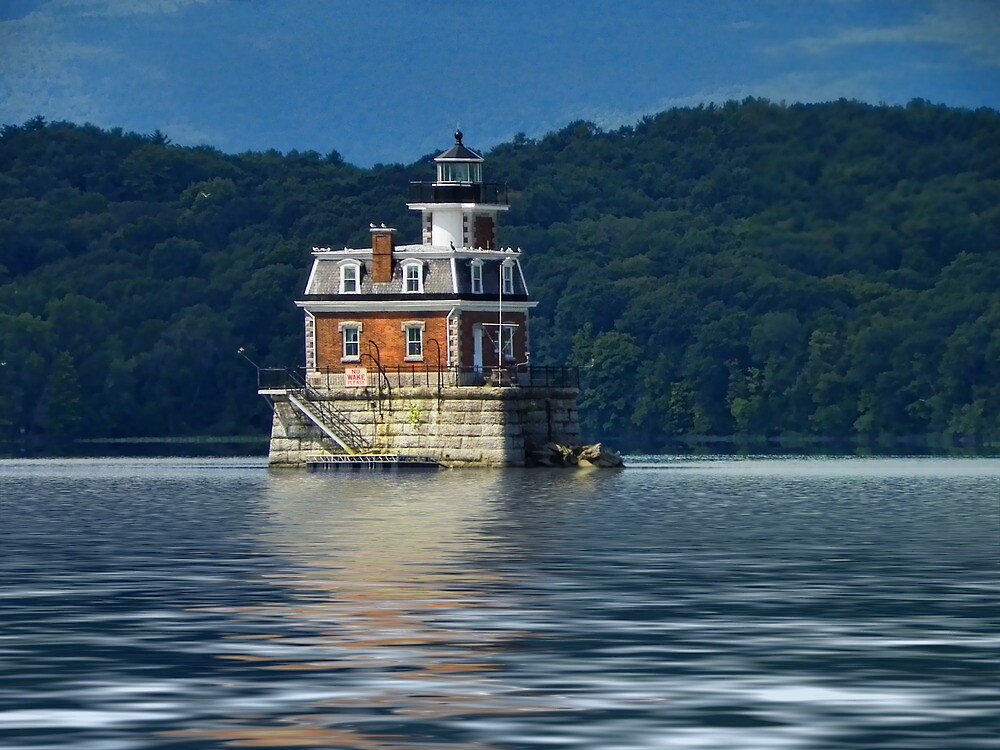Hudson-Athens Lighthouse by PineSinger
