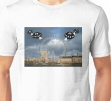 Aliens attack the London Eye Unisex T-Shirt
