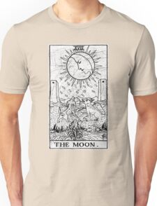 The Moon Tarot Card - Major Arcana - fortune telling - occult Unisex T-Shirt
