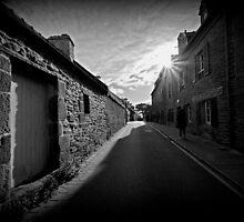 Le Conquet - Maisons bretonnes. by Jean-Luc Rollier