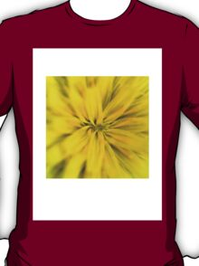 Bright yellow macro flower explosion T-Shirt
