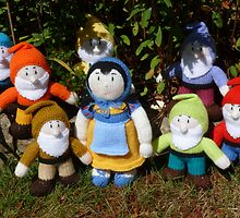 Hand Knitted Snow White and her Seven Dwarfs by mrsmcvitty