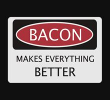 BACON MAKES EVERYTHING BETTER, FUNNY DANGER STYLE FAKE SAFETY SIGN Kids Clothes