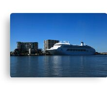 P & O Pacific Dawn - Brisbane River Canvas Print