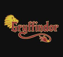 Gryffindor Supporters T-shirt by jacubr82