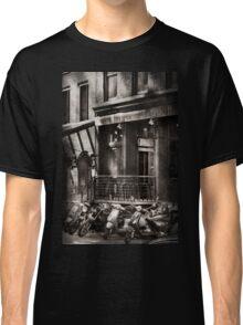 City - South Street Seaport - Bingo 220  Classic T-Shirt
