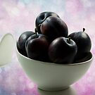 Plums with glitter light by RosiLorz