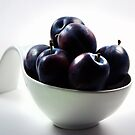 Plums in a bowl by RosiLorz
