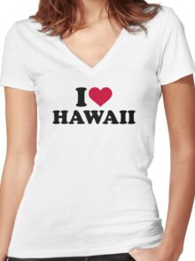 I love Hawaii Women's Fitted V-Neck T-Shirt