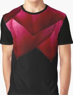Heart Petals Graphic T-Shirt