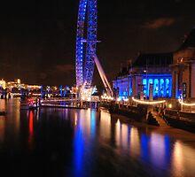 London Eye on night by santinopani