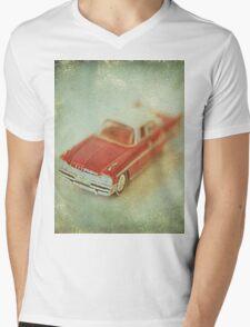 Vintage Cherry Red Chrysler De Soto Mens V-Neck T-Shirt