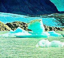Ice, beautiful color. by ALEJANDRA TRIANA MUÑOZ
