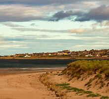 LOSSIEMOUTH - WEST BEACH IN AUTUMN by JASPERIMAGE