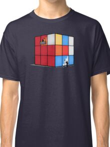Solving the cube Classic T-Shirt