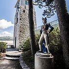 Portmeirion, Nelson Statue by davidautef