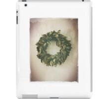 Antique Look Wreath of Dried Bay Leaves iPad Case/Skin