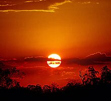 Bushfire Sunset by kurrawinya
