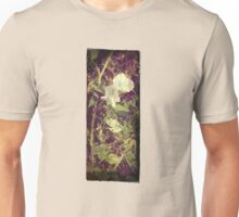 Antique Look Print of Pretty Sweet Pea flowers Unisex T-Shirt