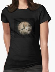 Antique Feel Photograph of an Eerie Clock Face Womens Fitted T-Shirt