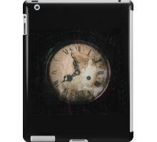 Antique Feel Photograph of an Eerie Clock Face iPad Case/Skin