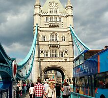 Tower Bridge, London by rsangsterkelly