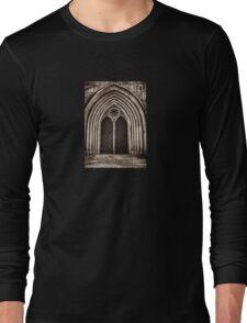 neo-gothic crypt Long Sleeve T-Shirt