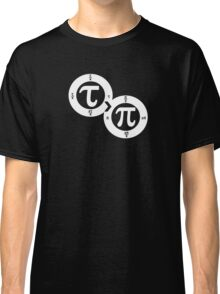 Tau vs Pi (dark) Classic T-Shirt