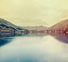 A beautiful lake by Salvatore Russolillo
