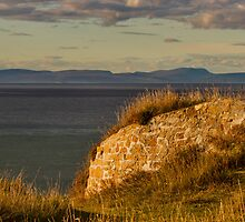 BURGHEAD HIGH VIEW IN AUTUMN by JASPERIMAGE