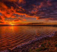 Lakeside Serenity 0206_13 by Ian McGregor