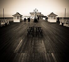Cromer Pier by Mark Ramsell