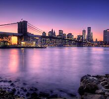 Brooklyn bridge park in sunset by anhgemus