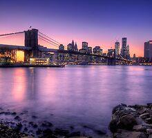 Brooklyn bridge park in sunset by anhgemus