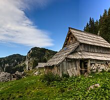 THe Julian Alps by Ian Hufton