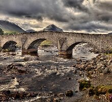 Sligachan Bridge by derekbeattie