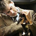 David Tennant whith a kitten by badwolf1463