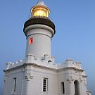 Cape Byron lighthouse with lights by SharronS