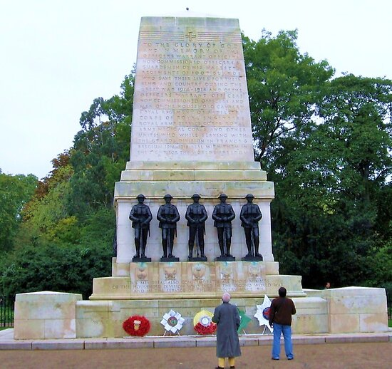 War Memorial in London by Daniel Carroll