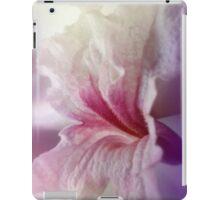 Pink Lapacho flower bloom close up iPad Case/Skin
