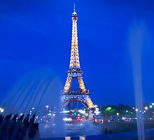Eiffel Sparkle by Adrian Alford Photography