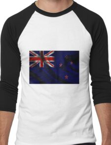 Waving Flag of New Zealand on aged canvas Men's Baseball ¾ T-Shirt