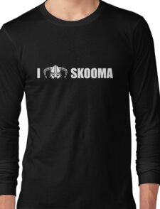 I Heart Skooma Long Sleeve T-Shirt