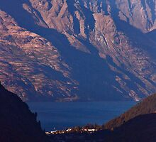 Lake Wakatipu by phil decocco