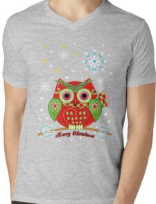 Cute Christmas Owl and Text Tee Mens V-Neck T-Shirt